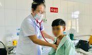 """Chữa bệnh bằng cách """"cúng ma"""", bé 11 tuổi rơi vào tình trạng nguy kịch"""