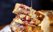 Bánh sandwich dát vàng từ nguyên liệu