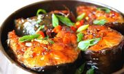 Đầu bếp nổi tiếng tiết lộ bí quyết kho cá chắc thịt, không sợ tanh, tham khảo ngay