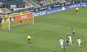 Video: Cầu thủ có pha ghi bàn