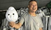 Chuyện về nghệ nhân gần nửa thế kỷ làm đồ chơi Trung Thu truyền thống ở làng Ông Hảo