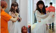 Nam sinh Hà Nội diện váy trắng kiêu sa hóa