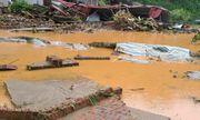 Lào Cai hứng trận mưa lớn nhất trong vòng 63 năm, 2 người thiệt mạng, hàng chục ngôi nhà đổ sập