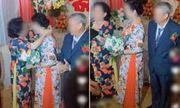 Sau 35 năm kết hôn, con dâu bất ngờ nhận được quà cưới đặc biệt từ mẹ chồng, biết lý do ai cũng rưng rưng
