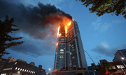 Streamer Hàn Quốc suýt mất mạng khi livestream tòa nhà đang bốc cháy