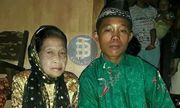 Chàng trai 16 tuổi cưới cụ bà u70, thường nhốt vợ ở nhà vì sợ bị người khác cướp mất