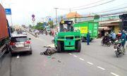 Tin tai nạn giao thông mới nhất ngày 14/10/2020: Bị xe nâng kéo lê nhiều mét, người đàn ông tử vong thương tâm