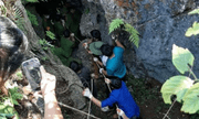 Vụ đi tìm đá quý, thanh niên 19 tuổi rơi xuống hang sâu 147 mét: Tìm thấy thi thể nạn nhân