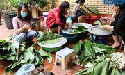 Hà Nội: Người dân La Phù hối hả nấu cả nghìn chiếc bánh chưng ủng hộ cho miền Trung
