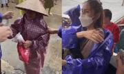 Tin tức giải trí mới nhất ngày 29/10/2020: Thủy Tiên phản ứng gây chú ý khi thấy bà cụ đi nhận cứu trợ bị kéo mạnh tay
