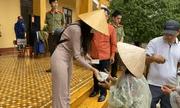 Thuỷ Tiên dừng phát tiền cứu trợ tại huyện Hải Lăng vì lý do gì?