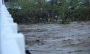 Siêu bão Goni đổ bộ Philippines: Rùng mình vì cảnh vỡ đê, làng mạc bị nhấn chìm