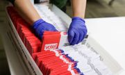 Video: Bên trong cơ sở xử lý phiếu bầu của Mỹ có gì đặc biệt?