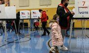 """Bầu cử Mỹ 2020: """"Lỗi đánh máy"""" khiến phiếu bầu cho ông Biden ở bang Michigan tăng vọt"""