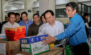 Hơn 22.000 bộ sách giáo khoa, vở viết được gửi cho học sinh miền Trung