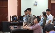 """""""Đại gia"""" đeo nhiều vàng giả nhất Việt Nam được giảm án"""