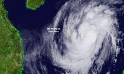 Tin mới nhất bão số 13: Đổ bộ Hà Tĩnh - Thừa Thiên - Huế ngày 15/11