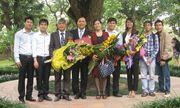 Giáo sư Nguyễn Đình Đức: Hạnh phúc chỉ mỉm cười với những ai kiên trì!