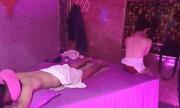 Tin tức thời sự mới nóng nhất hôm nay 22/11/2020: Nữ nhân viên quán massage không mặc áo, kích dục trái phép cho khách