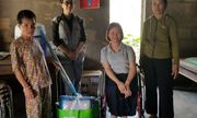 Huế: Tặng quà hỗ trợ cho những hộ gia đình người khuyết tật chịu ảnh hưởng mưa lũ