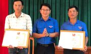 Bình Định: Khen thưởng 2 thanh niên cứu người gặp nạn trong đợt mưa lũ