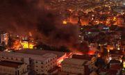 Kho xưởng công ty cổ phần dược phẩm Hà Tây bốc cháy trong đêm, khói bốc cao hàng chục mét