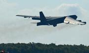 Mỹ huy động máy bay ném bom B-52 đến Trung Đông để