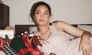 Mẫu Tây 13 tuổi Alexandra Matheson khoe vẻ đẹp ngọt ngào mùa Giáng sinh