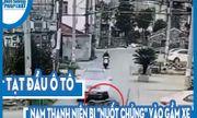 Video: Tạt đầu ô tô, nam thanh niên bị \