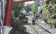 Băng qua đường ray để phơi quần áo, người phụ nữ bán vé số bị tông tử vong thương tâm