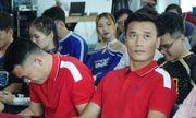 Không được gọi tập trung cùng đội tuyển Việt Nam, thủ môn Bùi Tiến Dũng nói gì?