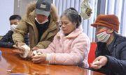 Nữ bệnh nhân bất ngờ tìm lại được gia đình sau 24 năm lưu lạc Trung Quốc khi đang cách ly COVID-19