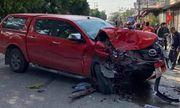 Tin tai nạn giao thông ngày 1/1/2021: Xe bán tải tông liên hoàn, 1 người chết