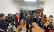 Nghệ An: Đột kích sới bạc trong đêm, bắt giữ 30 con bạc đang say sưa sát phạt