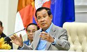 Thủ tướng Hun Sen xung phong tiêm phòng vaccine ngừa COVID-19 của Trung Quốc