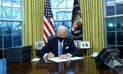 Ông Biden ký loạt sắc lệnh mới đảo ngược các chính sách của ông Trump ngay sau khi nhậm chức