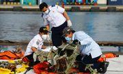 Máy bay Indonesia chở 62 người rơi xuống biển: Tiết lộ nguyên nhân