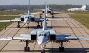 Video: Khoảnh khắc máy bay ném bom siêu thanh Tu-23 của Nga lao xuống đường bằng, gãy đôi