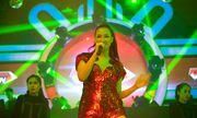 """Maya """"nóng bỏng mắt"""" trong vũ trường Sài Gòn"""