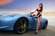 "Thế giới Xe - Kiều nữ bikini hớp hồn ""ngựa chồm"" Ferrari 458 Spider"