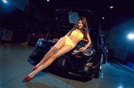 """Thế giới Xe - Toyota FT 86 """"chết lặng"""" bên kiều nữ bikini nhí nhảnh"""