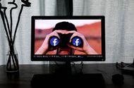 Internet & Web - Nữ nhà báo Mỹ khẳng định Facebook đang theo dõi người dùng
