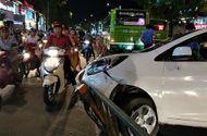 Tin trong nước - Tin tức tai nạn giao thông mới nóng nhất hôm nay 20/5/2019: Xe buýt tông taxi công nghệ
