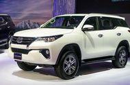 """Ôtô - Xe máy - Tại Việt Nam Toyota giảm giá cực """"sốc"""" lên tới 100 triệu đồng/chiếc"""