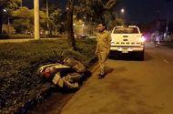 Tin trong nước - Người đàn ông bị thương nặng gần khu công nghiệp bên cạnh chiếc xe máy hỏng nhiều bộ phận