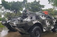 Tin trong nước - Bình Định: Huy động xe bọc thép sẵn sàng ứng cứu trước cơn bão số 6