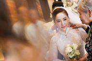"""Giải trí - Bảo Thy gây choáng với số nữ trang """"siêu khủng"""", toàn vàng và kim cương trong đám cưới"""