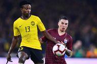 Thể thao - Tin tức thể thao mới nóng nhất ngày 17/11/2019: Cầu thủ gốc Việt bị loại khỏi đội hình chính thức tuyển Thái Lan