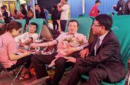 Việc tốt quanh ta - Hơn 300 cán bộ lãnh đạo, công chức Hải Phòng tham gia hiến máu cứu người