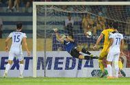 Bóng đá - HAGL bị loại trong ngày đầu tiên bóng đá Việt Nam trở lại sau Covid-19
